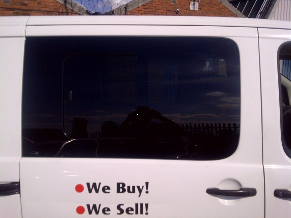 Window Cleaners In Leeds >> Toyota Proace o/s half slider side window in privacy